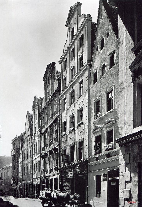 Lata 1921-1935 , Dawna zabudowa ulicy Nowy Świat, kamienice nr 35-40.