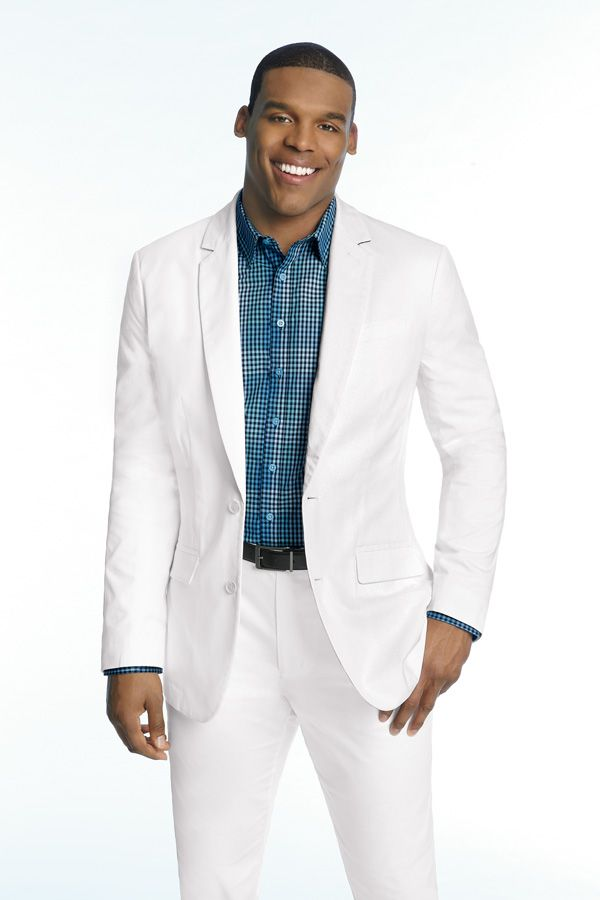 Take your khakis and jeans to the next level with this modern linen sportcoat by MADE Cam Newton.