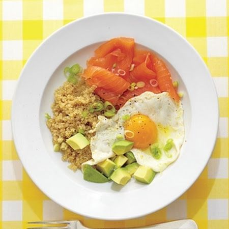 Quick Quinoa Breakfast Bowl! #quino #healthy #easy #delish