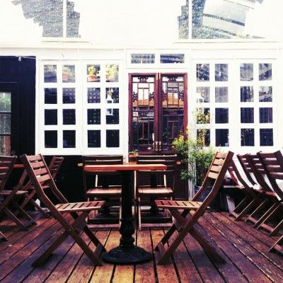 Bobo - beautiful outside garden that would be perfect for a brunch with mom (5 minutes from nyu dorm in the west village)