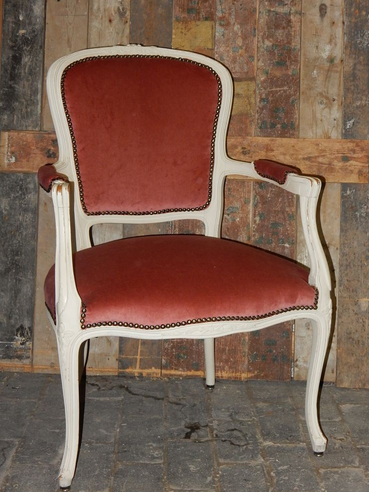 Lodewijk chair with old pink velvet fabric