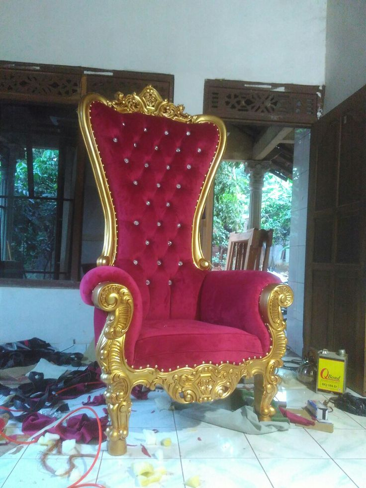 THRONE CHAIRS SYAHRINI $ 225 USD  We accept wholesale order with the best quality and reasonable price for delivery to worldwide.  We offer our best quality furniture products to you with a fairly competitive price. Price and quality of our products dare to compete with other furniture trading company.  Booking Info: �Telp / Wa: +6285312182585 �Line: sevenfurniture �Address: Jl. Taman Siswa Rt 03/02 Pekalongan Batealit Jepara, Indonesia �E-mail : seven_furniture@yahoo.co.id