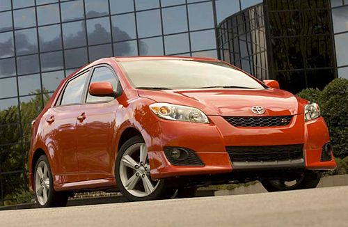 2016 Toyota Matrix Release Date, Review, Price, Engine –Toyota Matrix is an nice compact hatch vehicle made by this popular Japanese automaker. It was eventually first produced in 2002 and immediately published in 2003. But unfortunately the 2013 marked finished from the Matrix to the US market once the line was discontinued. Just one year later it got a similar faith in Canada also. However the 2016 model year version is released soon but the knowledge if it will be available during these…