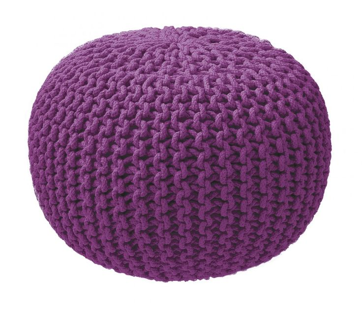 ZicZac poef - Knitted Paars    De ZicZacKnittedis meer dan een poef, het is een mooie accessoire voor elke woon- en slaapkamer. Het is de finishing touch van je interieur. Daarnaast is de poefmultifunctioneel. Gebruik het als voetsteun om lekker te kunnen relaxen. Als je bezoek hebt kun je hemperfect gebruiken als een comfortabel stoeltje. En comfortabel is het zeker door de vulling van EPS parels die zich naar je lichaam vormen.  Productkenmerken  Hoogte: 35 cm Diameter: 50 cm Kwaliteit…