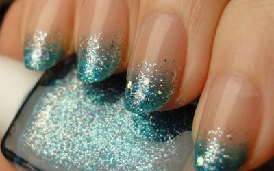 Ombre (+glitter) nails! Definitely looks better on a longer nail -- I tend to keep mine short for practicality. Never mind, these are gorgeous.