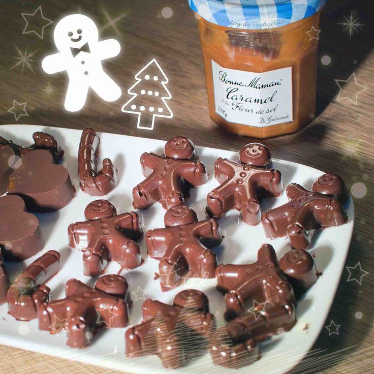 Qui dit Noel = chocolat !!  Aujourd'hui je vous propose une recette ultra simple, du chocolat, du caramel, et hop le tour est joué ;)  La recette est visible sur le blog (https://madzelllefr.wordpress.com/2016/12/01/recette-pour-noel-chocolat-coeur-coulant-caramel/ )   Bon appétit 😘  #chrismas #noel #chocolat #gourmandise #tibiscuit