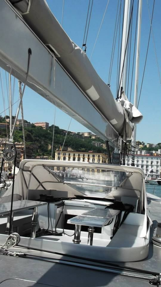 tenda per barca - tendalino per barca a vela - capottina per yacht - tent for the boat - awning for sailboat - canopy for yachts – bimini for boat - tienda de campaña para el barco - Toldo para velero - toldo para yates - tente pour le bateau - auvent pour voilier - auvent pour yachts  - палатка лодката - навес за платноходка - навес за яхти - Zelt für das Boot - Markise für Segelboot - Baldachin für Yachten