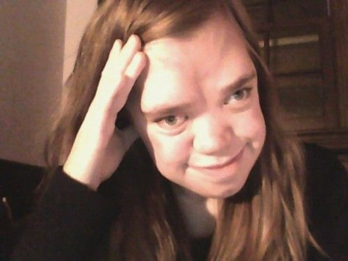 AMAZING Story from a Beautiful Young Girl With Pfeiffer Syndrome !! http://www.huffingtonpost.com/renee-dushane/tumblr-redefined-society-_b_1245468.html?ncid=edlinkusaolp00000009