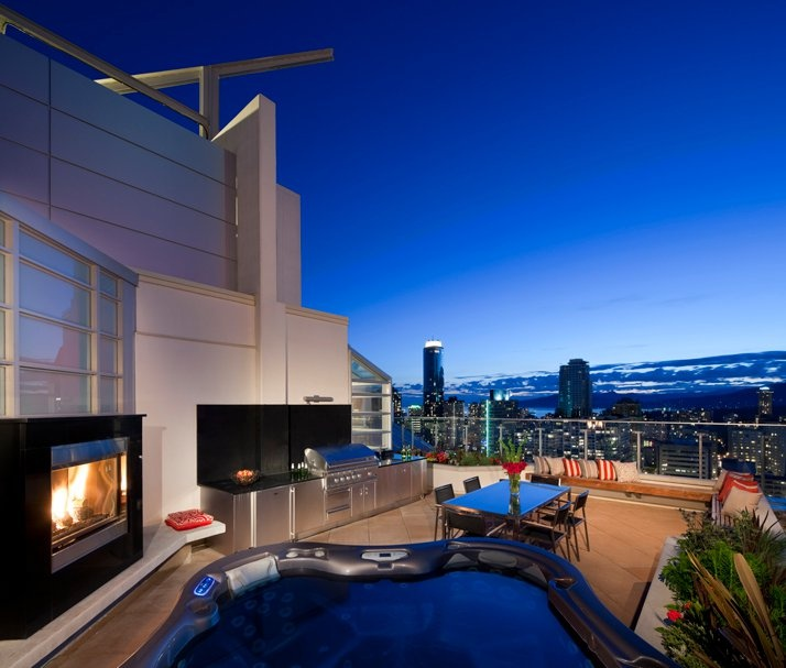 57 best 740 park avenue penthouses luxurious homes for Apartment design vancouver