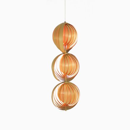 Cool Moon Lampe aus Holz von Hans Agne Jakobsson er Jetzt bestellen unter https