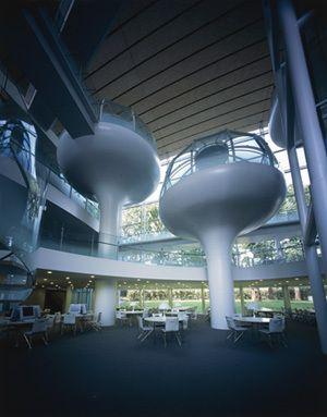 坂茂建築設計 / Shigeru Ban Architects 『成蹊大学情報図書館』 http://www.kenchikukenken.co.jp/works/1300244164/1935/