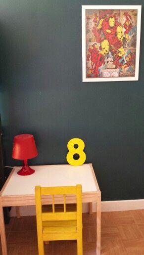 Une chambre de super héros pour mes garçons ☆ bleu canard, jaune, rouge et gr