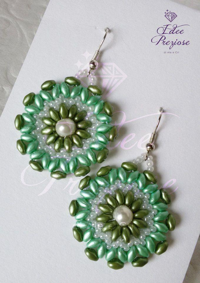 Orecchini in tessitura di perline verdi, by Idee Preziose di Ale e Cri, 14,00 € su misshobby.com