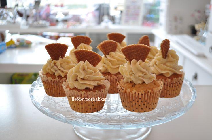 Stroopwafel cupcakes | Liefde voor bakken