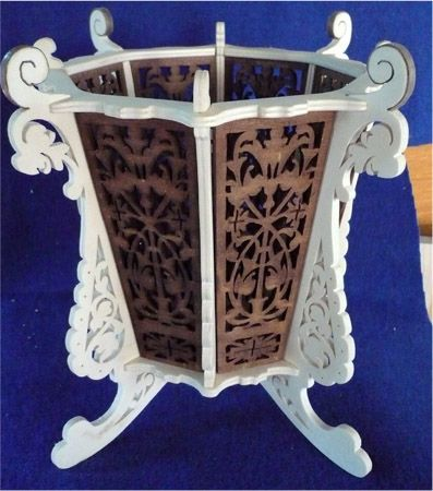 Flower pot stand, scroll saw fretwork pattern