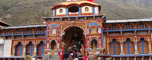 Accordingly, a Char Dham Yatra package would take Hindus to these four shrines. The Yamunotri Dham would take one to Yamunotri, which happens to be the source of the sacred river Yamuna.