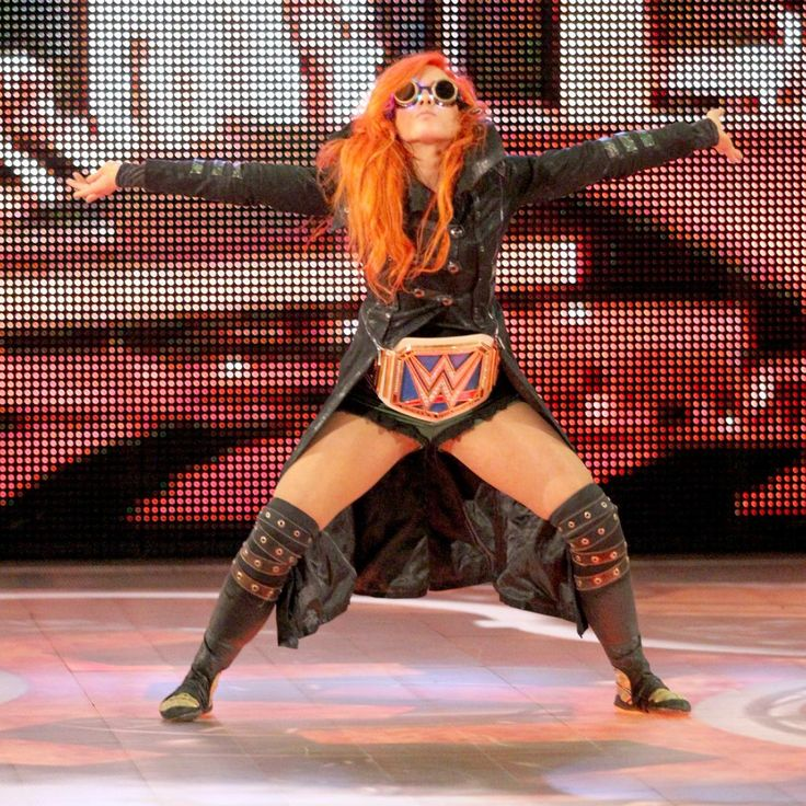 SmackDown 11/1/16: Becky Lynch & Nikki Bella vs. Alexa Bliss & Carmella