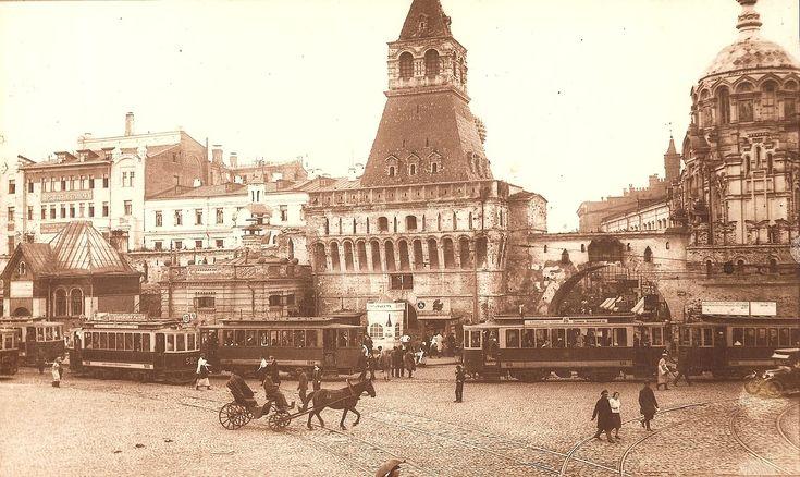1920-е. Начало Никольской улицы со стороны Лубянской площади (?)