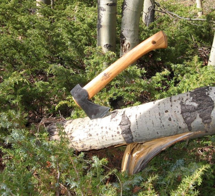 Rocky Mountain Bushcraft: REVIEW: The Gransfors Bruks Wildlife Hatchet- Finely crafted by Elves hiding in Sweden