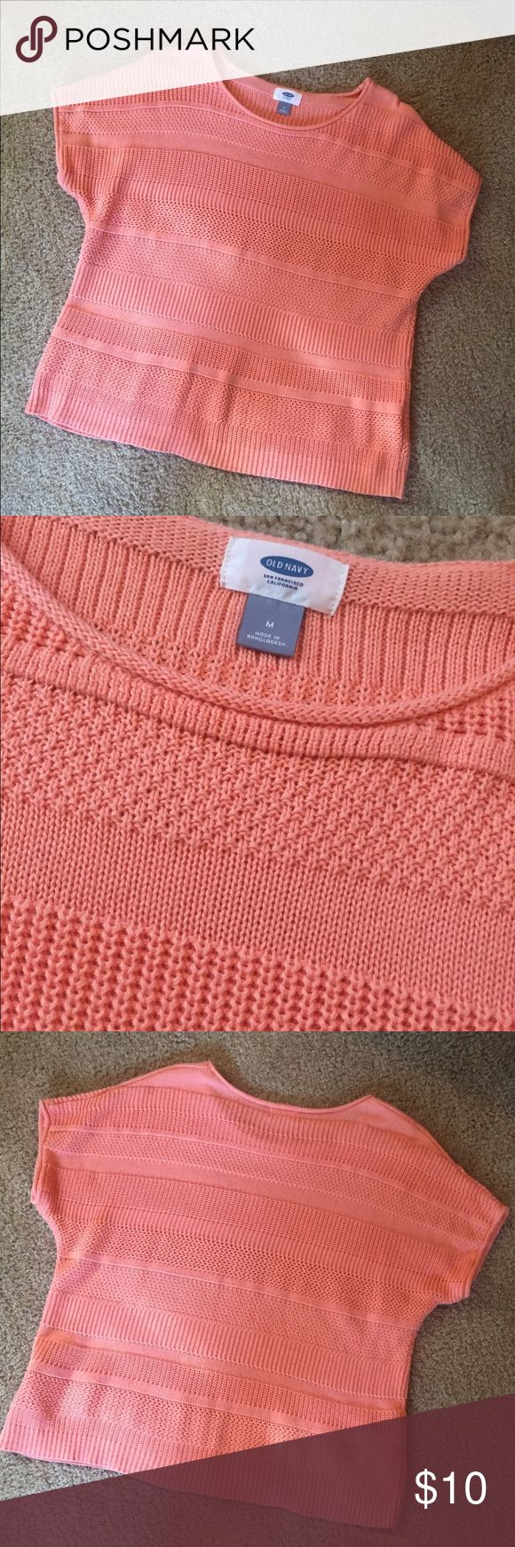 Old Navy Sweater Cute peach/coral sweater! Has an oversized, slouchy fit that is really comfortable! Worn once. Old Navy Sweaters