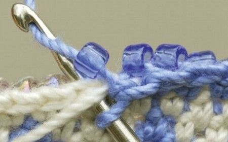 Crochet con abalorios.jpg