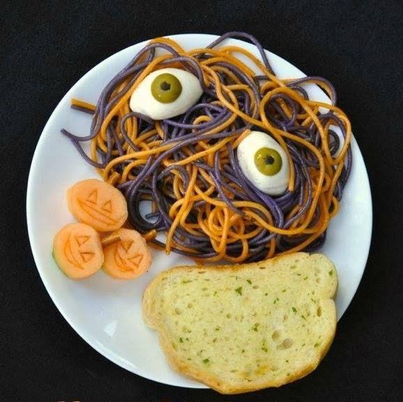 The 25+ best Squelette halloween en pates ideas on Pinterest