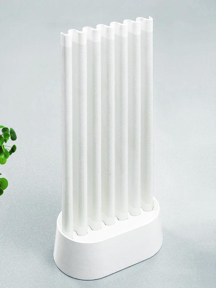 maxime louiscourcier uses paper clay to design non