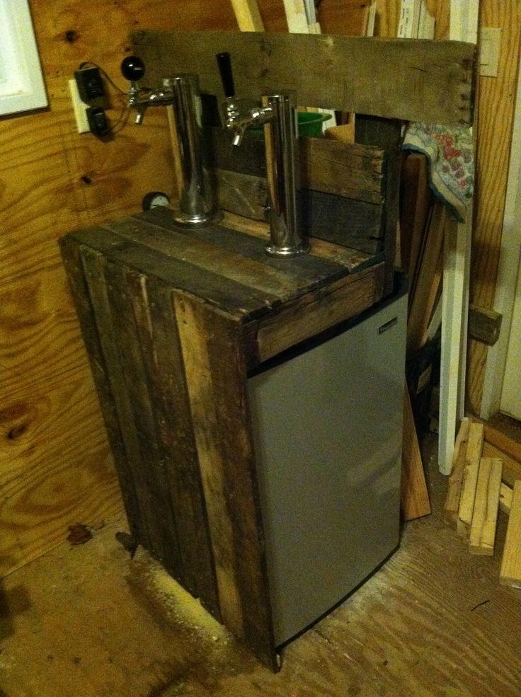 Side view of pallet wood Kegerator  Welcome to the