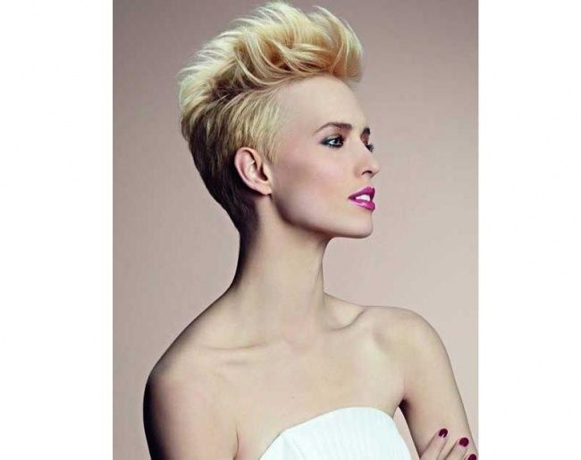 Trendy Hairstyles Short 2015