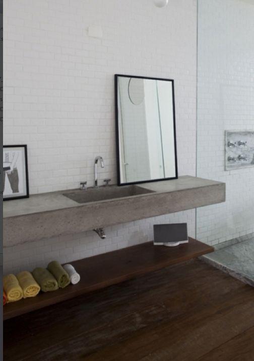 Pimpelwit : Copan Apartment // Felipe Hess & Renata Pedrosa, ph. Fran Parente #bathroom #concrete
