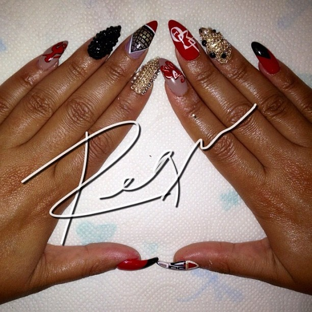 "@Regina Martinez Rodriguez's photo: ""Delta Sorority nails for @greatwhyte! """