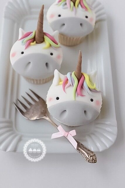 Unicorn Cupcakes by Lady Berry Cupcakes