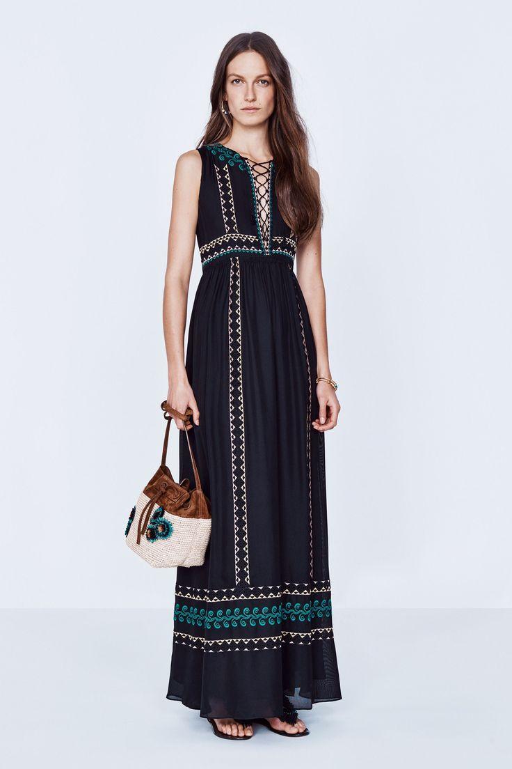 Vanessa Bruno Spring 2016 Ready-to-Wear Fashion Show