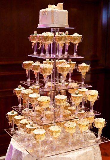 Cupcake cake - 20 amazing alternative wedding cake ideas