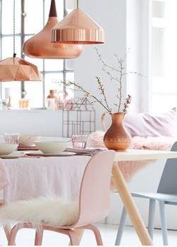 copper Krzesło Muuto, środkowa Lampa Orient Lightyears www.scandinavianliving.plpinned by barefootstyling.com