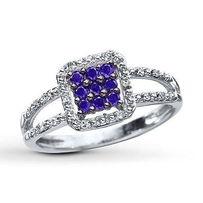 Purple Diamond Ring 1/4 ct tw Round-cut 10K White Gold     NICE PURPLE DIAMONDS!