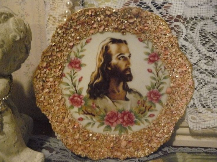 Amazing antique VTG glass plate w Jesus Christ pink flowers pink crushed shells!