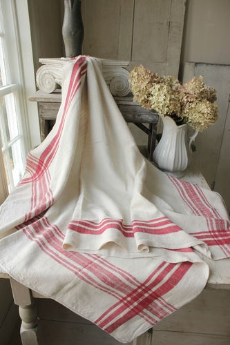 Lovely Beautiful French Country Christmas Tablecloth Linen ~ Red Stripes