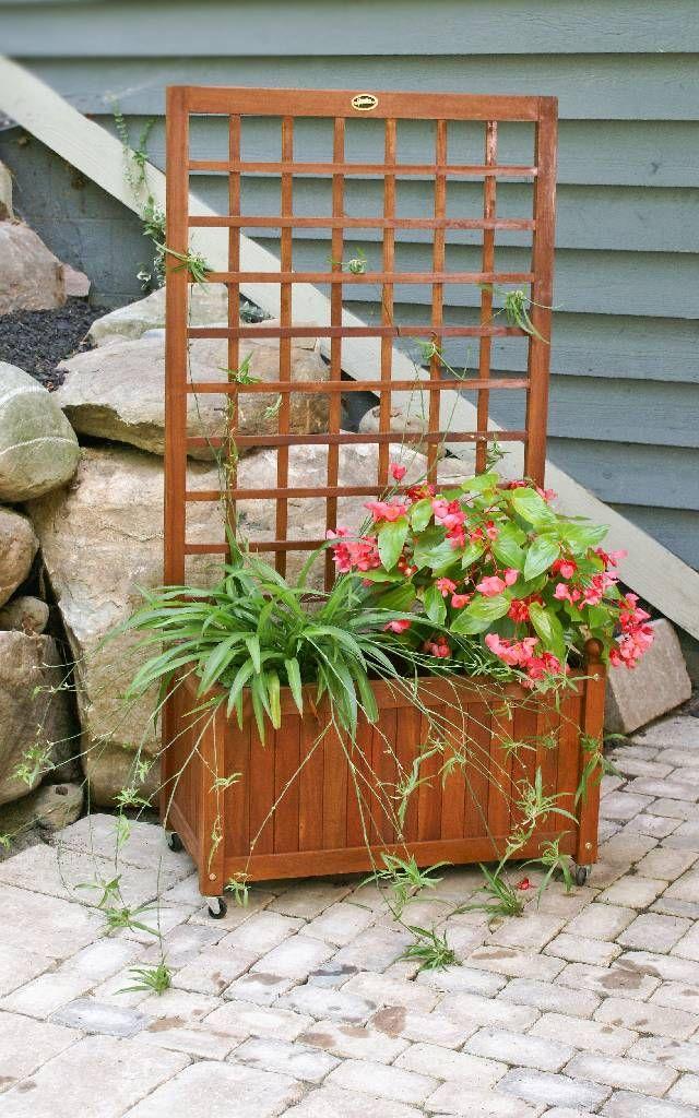 Garden lattice for patio privacy condo patio ideas for Wood lattice trellis