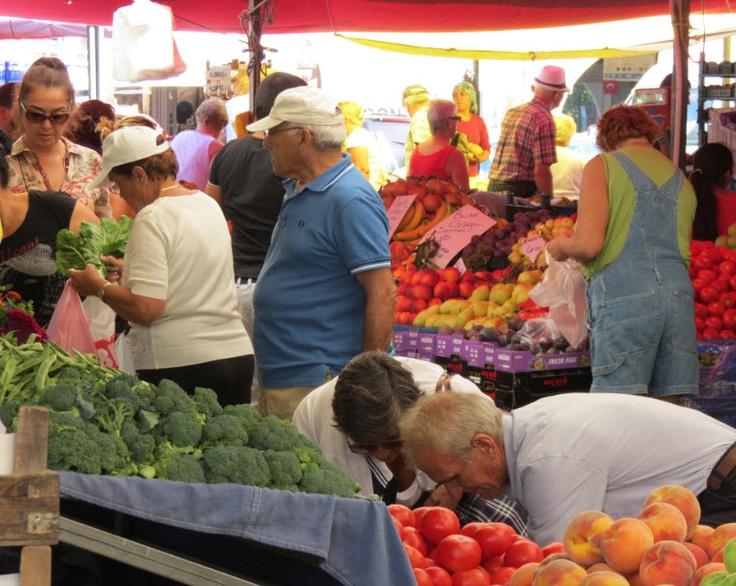 Saturday farmer's market