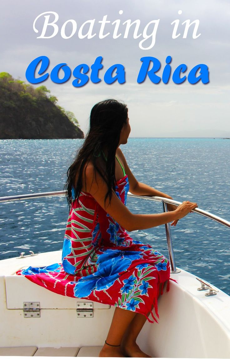 Boating is an incredibly fun activity to do in Costa Rica and a great way to experience the ocean, beautiful views and wildlife. These are our stories of the times we went boating around the Gulf of Papagayo up in Guanacaste where we saw a whale shark, turtles, whales and dolphins