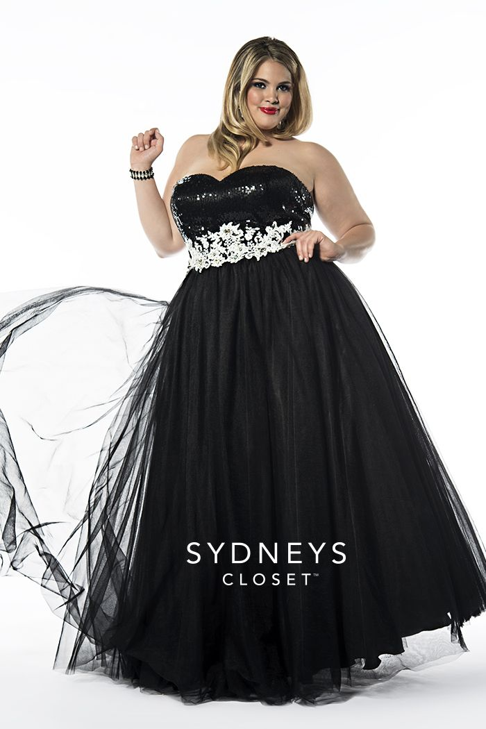 #Ballgown Beauty! We're bringing The Duchess back for 2016 #plussize Prom. This stunning dress sells out every year so make sure to get yours before it's gone. Sold in sizes 14 to 36 Duchess has a matching shawl and optional straps. Love the black & white combo, so striking.   http://www.sydneyscloset.com/sydneys-closet/6003/