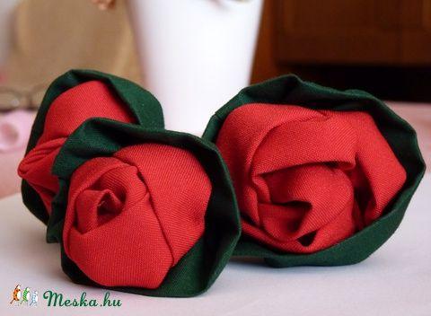 Meska - Piros rózsák pannika kézművestől