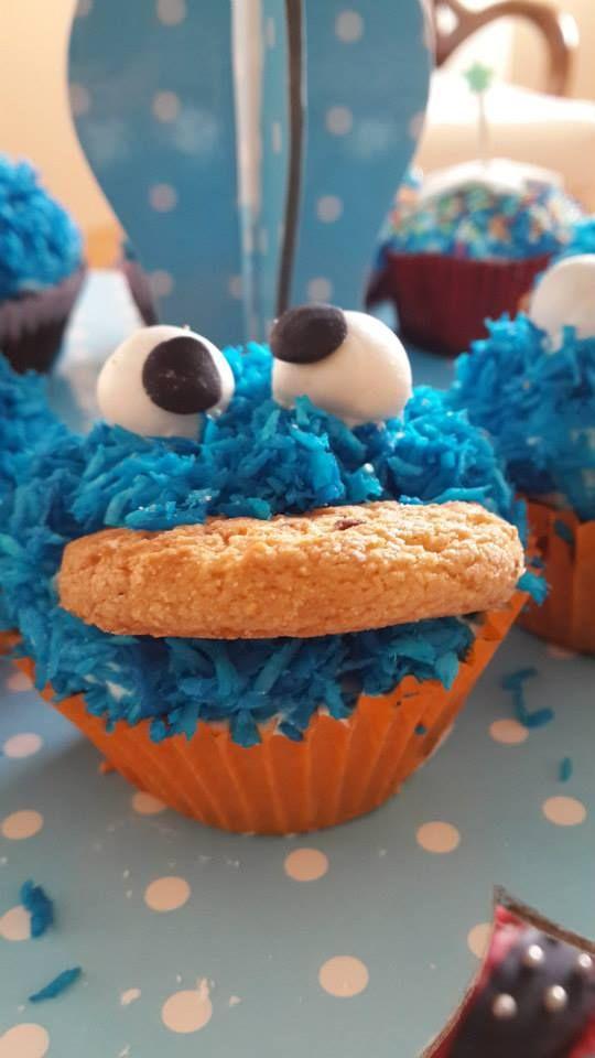 Cookie Monster cup cakes, kurabiye canavarı cup cakes