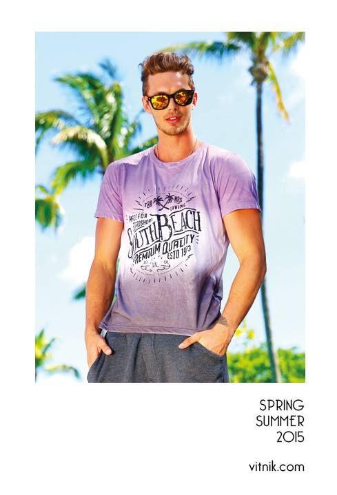 Mirá estas opciones de remeras para hombre, hay muchas más en http://www.vitnik.com/catalogo.php ¿Cuál es tu preferida?