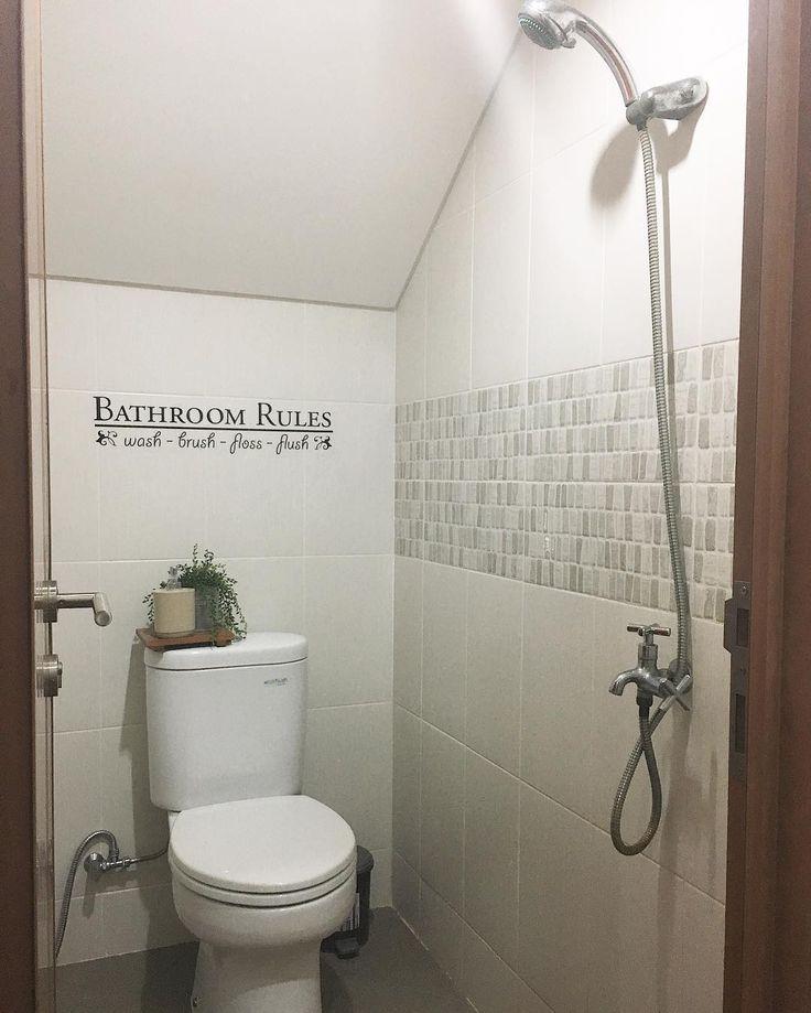 Tulisan Bathroom Rules Yang Lagi Hits