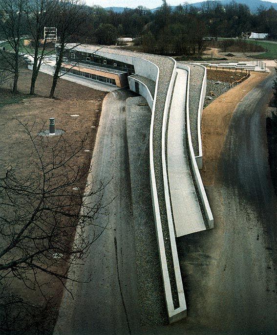 Zaha Hadid | Landscape Formation One | Weil am Rheim; Alemania | 1999