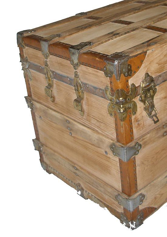 1000 Ideas About Old Trunks On Pinterest Steamer Trunk