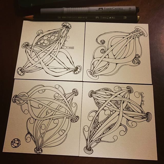 Zentangle...… 簡單的線條, 慢慢畫, 重覆畫, 轉紙畫, 就是快樂!^^ #zentangle #zentangleart #pattern #huggies #tangle #artist #artwork #taiwanese #taipei