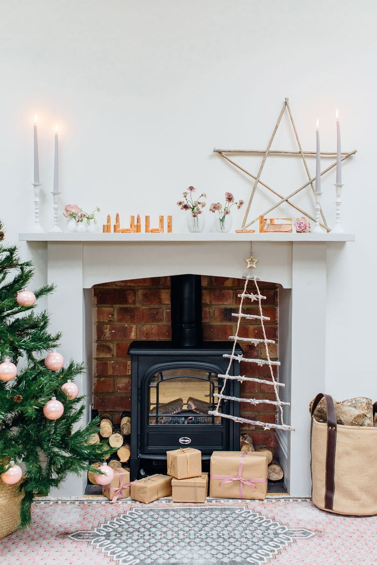 Blush Rustic Christmas| Charlotte Tilbury Pink Christmas | Pink | How to decorate your christmas fireplace | Best places to shop in the uk | Fashion outlets in the uk | bicester village | Best buys at bicester village